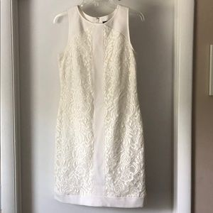 Vince Camuto White lace dress size 6